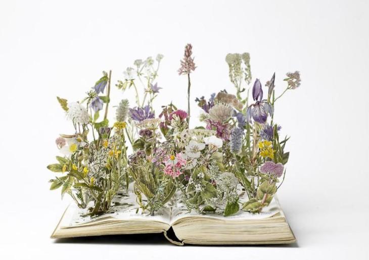 Csodálatos könyvszobrok