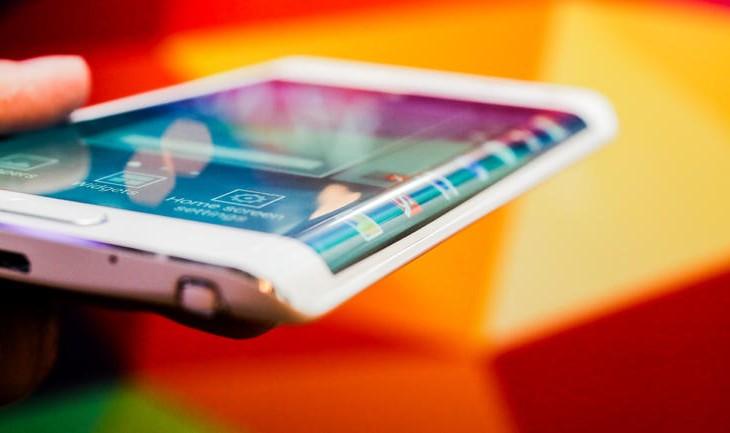 3+1 elképesztő újdonság az okostelefon-piacról