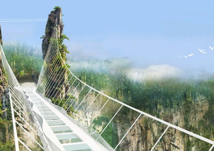 Ilyen lett a világ legmagasabb és leghosszabb üvegpadlós hídja