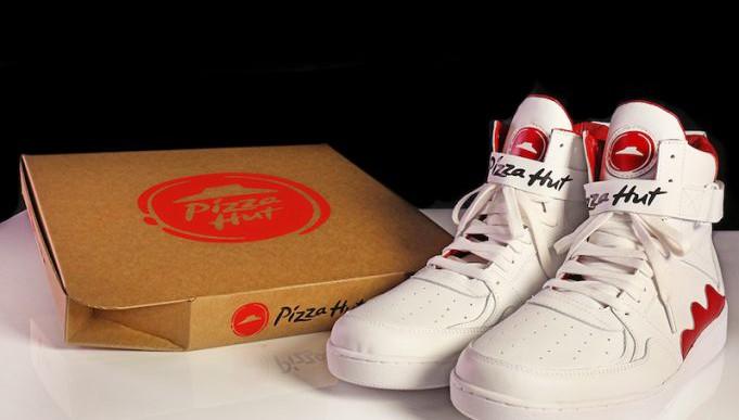 Ilyen lett a cipő, amivel pizzát is lehet rendelni