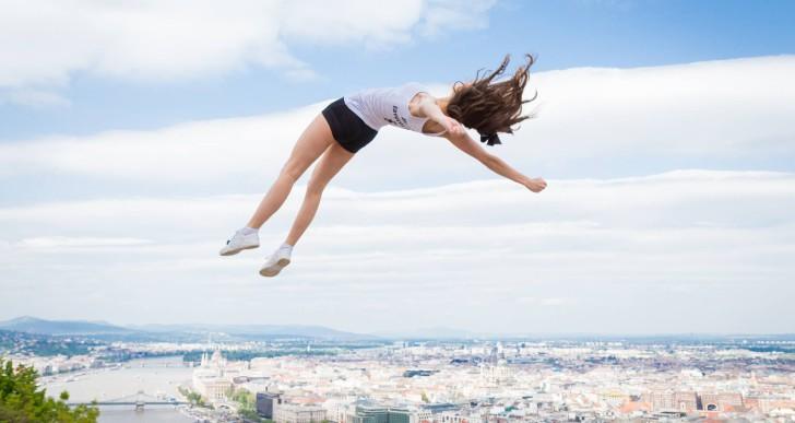 Csinos cheerleaderek repültek a levegőbe Budapesten