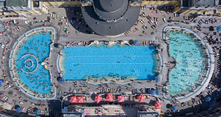 Felismered, melyik budapesti strand vagy fürdő van a képeken?