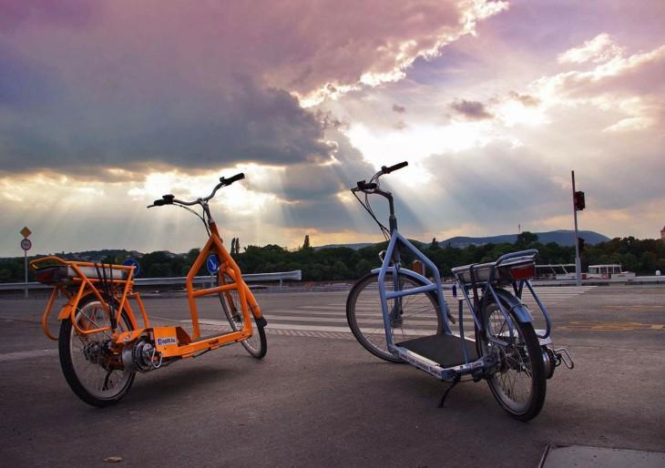 Íme a roller és a bicikli szerelemgyereke: ez a legfurább jármű, amit valaha láttunk