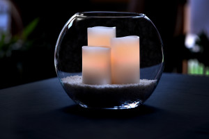candles-in-glass-bowl