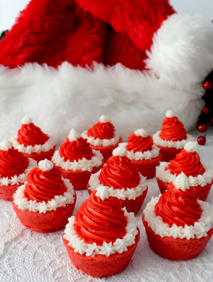 Creative-Holiday-Cupcake-Recipes-240-5a2e49f127af9__700