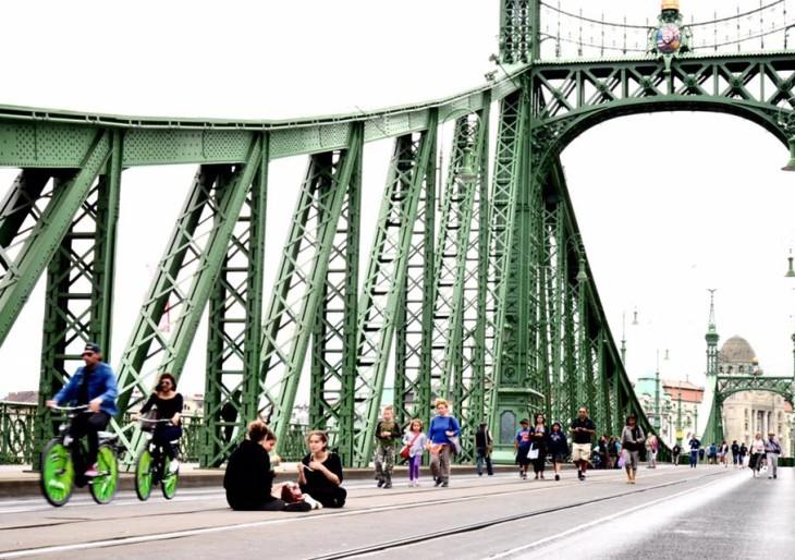 Itt a Szabihíd film: így élveztük tavaly a lezárt Szabadság hidat