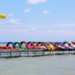 Colorful_pedaloes_in_Lake_Balaton