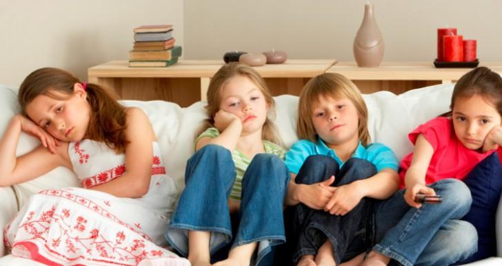Így kösd le a gyereket nyaraláson, rossz időben