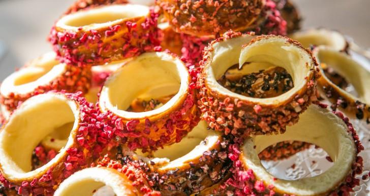 Kürtőskalács-cukrászda nyílt a Holnemvolt Várban