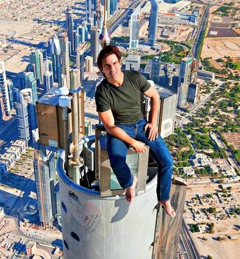 Megosztja a világot Tom Cruise fotója