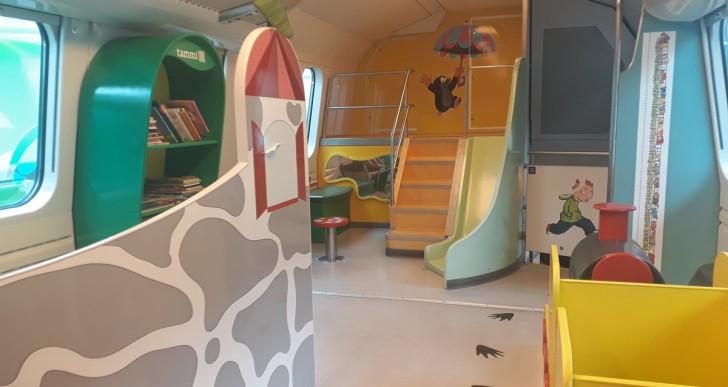Játszókocsi várja a gyerekeket a finn intercityken