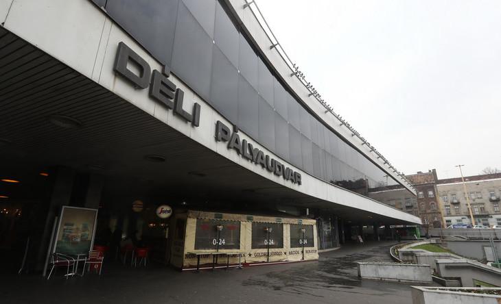 Két hétre bezárják a Déli pályaudvart