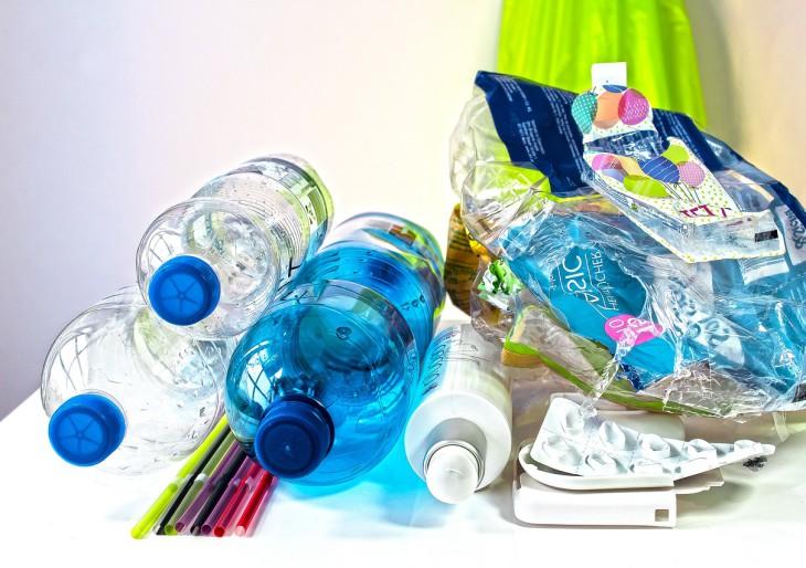 Tényleg megtörténik: betiltja az EU az egyszer használatos műanyagokat