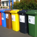 recycling-bins-373156_1280