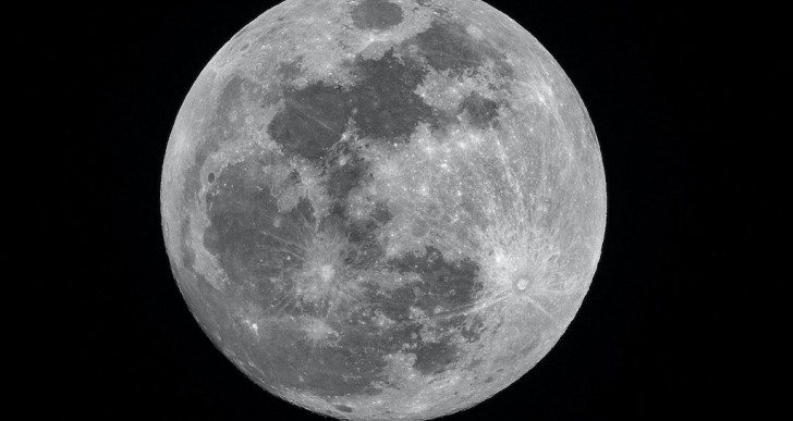 Hamarosan a Holdon is lesz térerő