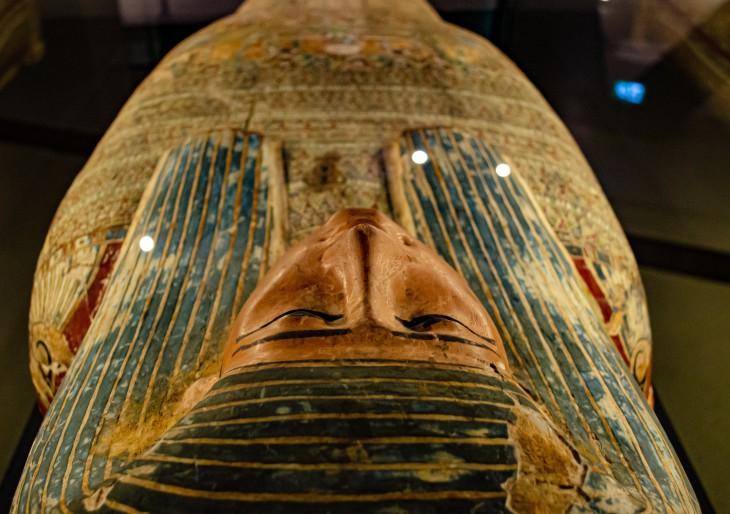 Elképesztő felfedezés: közel 60 érintetlen szarkofágot találtak Egyiptomban